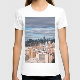 Dark clouds over Empire State Building NYC T-shirt