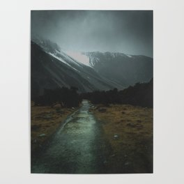 Hiking Around the Mountains & Valleys of New Zealand Poster