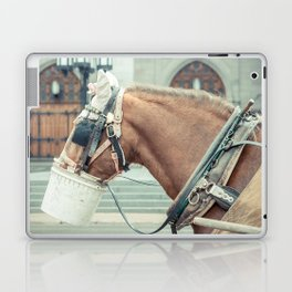 Montreal Taxi 2 Laptop & iPad Skin