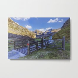 The Road to Tryfan Metal Print