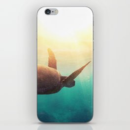 Sea Turtle - Underwater Nature Photography iPhone Skin