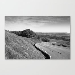 Winding road along the rolling hills near San Simeon, CA Canvas Print