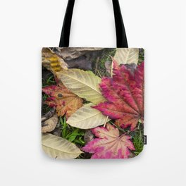 Leaf it out Tote Bag