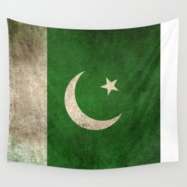 Old and Worn Distressed Vintage Flag of Pakistan Wall Tapestry