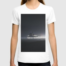 Atlantis nears touchdown for the final time on Runway 15 at the Shuttle Landing Facility at NASAs Ke T-shirt
