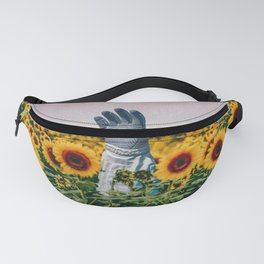 Astronaut´s hand Fanny Pack