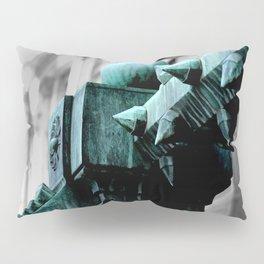 Labyrinth Scorn Pillow Sham