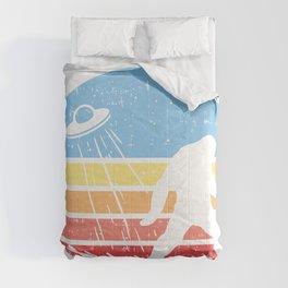 Sasquatch Bigfoot Alien UFO believer Gift Shirt Comforters