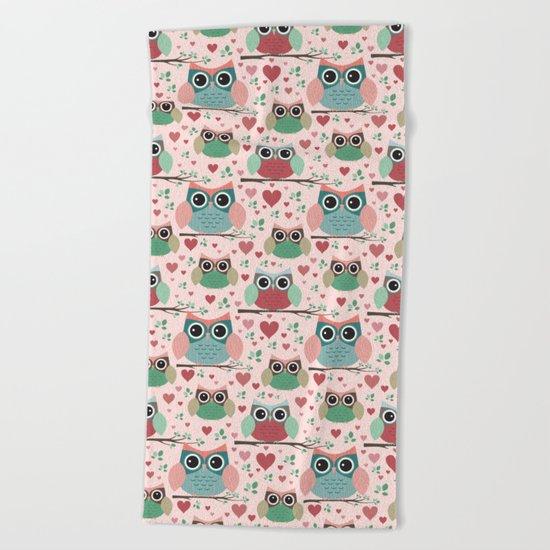 Owls in Love Pattern Beach Towel