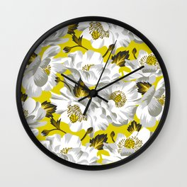 Mount Cook Lily - Yellow/White Wall Clock