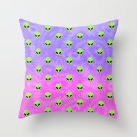 aliens Throw Pillows featuring Aliens by Miss Taralee