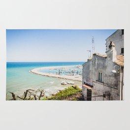 Porto turistico di Rodi Garganico Rug
