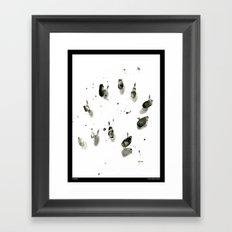 Au Milieu Framed Art Print