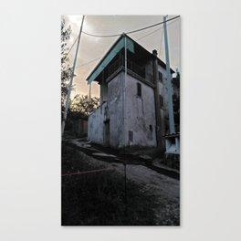 Italian country house Canvas Print