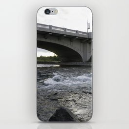 10th St Wave iPhone Skin