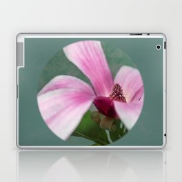 magnolia in the limelight Laptop & iPad Skin