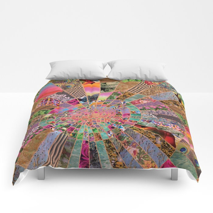 Shitty pink colored Clown Spiderweb Comforters