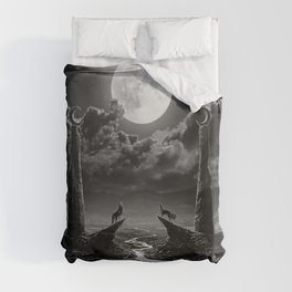 XVIII. The Moon Tarot Card Illustration Duvet Cover