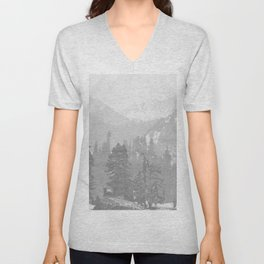 Bear in the mountains Unisex V-Neck