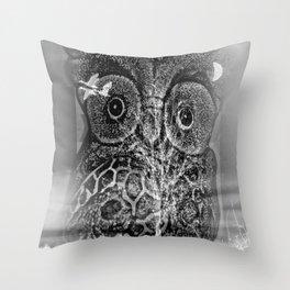 Owl time Throw Pillow