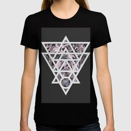Marble and geometric design pattern T-shirt