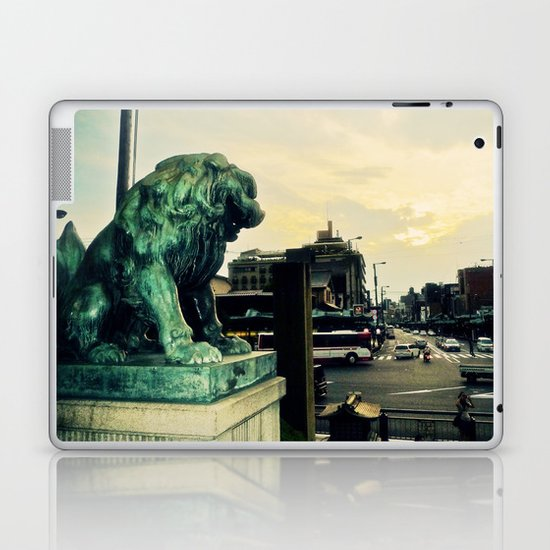 Kyoto temple entrance Laptop & iPad Skin