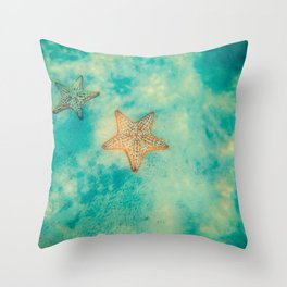 The star of the sea Throw Pillow
