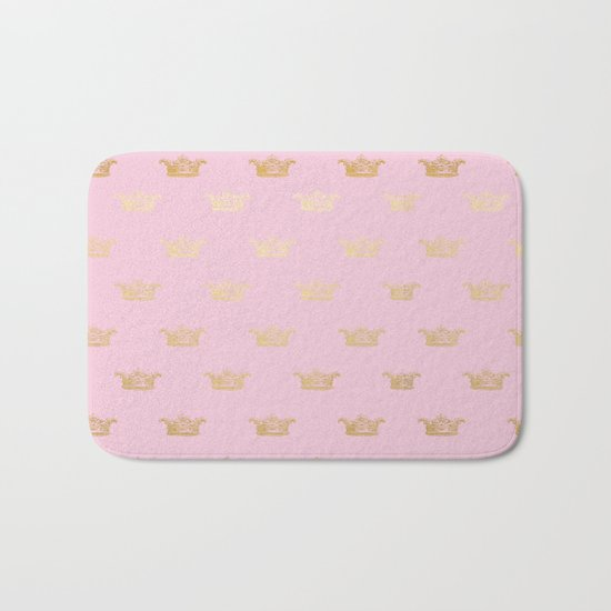 Princess gold crown pattern on pink background Bath Mat