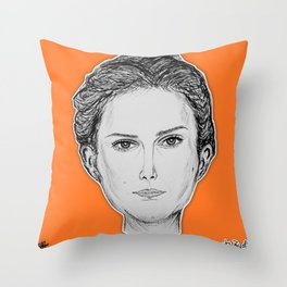 (The Most Beautiful Woman - Natalie Portman) - yks by ofs珊 Throw Pillow