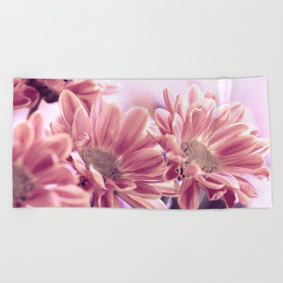 Aster flower macro 254 Beach Towel