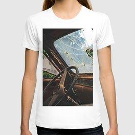 Junkyard Truck. T-shirt