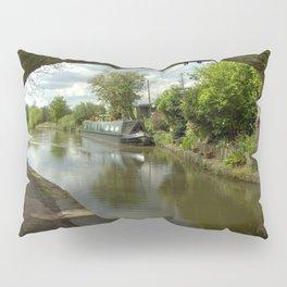 Barge thro the bridge Pillow Sham