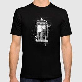Time Lord Graffiti  T-shirt