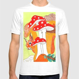 Squirrel & mushrooms T-shirt