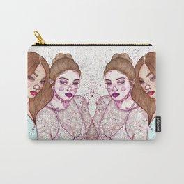 Gigi Hadid & Jourdan Dunn Maybelline NY   Carry-All Pouch