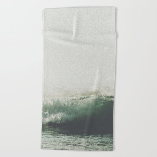 Into the waves VI Beach Towel