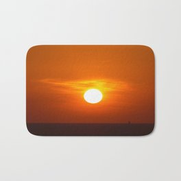 Red sunset on the sea Bath Mat