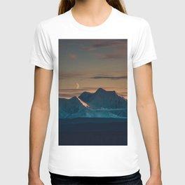 Sunset over the Alaska Range, Delta Junction T-shirt