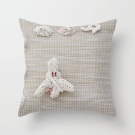 Seashells and urchins design Throw Pillow