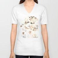 emma stone V-neck T-shirts featuring Emma Stone by Rene Alberto