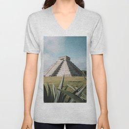 Chichén-Itzá, Yucatán, México. Unisex V-Neck