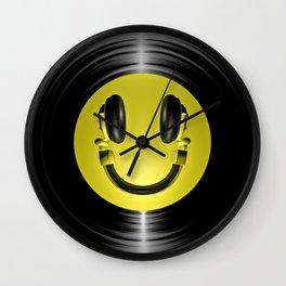 Vinyl headphone smiley Wall Clock