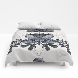 The Panoply Plate 06 Comforters