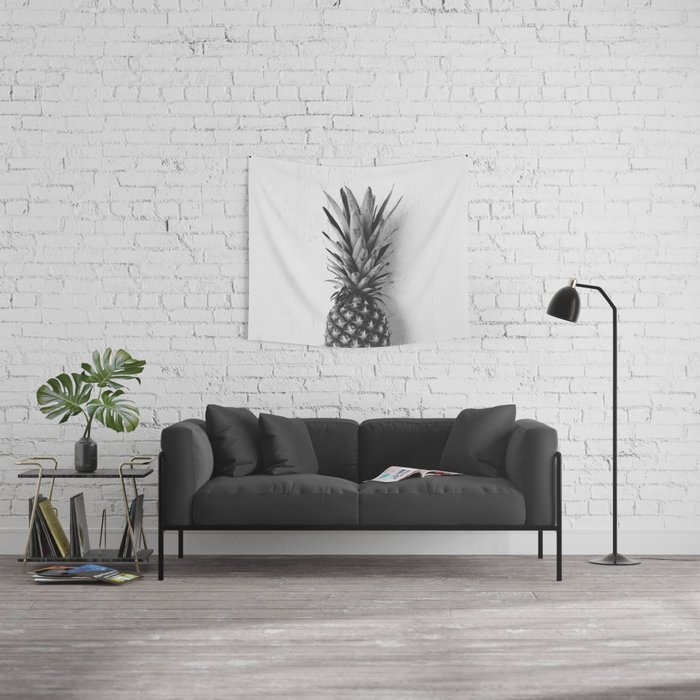Black And White Pinele Wall Tapestry