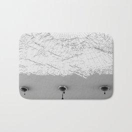 Draining Alaska Bath Mat