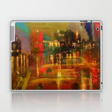 The yellow city of taxis Laptop & iPad Skin
