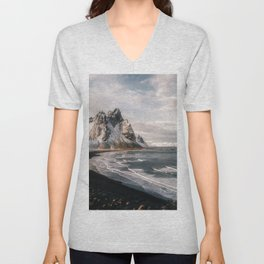 Stokksnes Icelandic Mountain Beach Sunset - Landscape Photography Unisex V-Neck