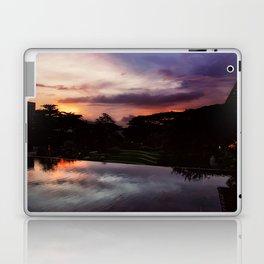 7PM Laptop & iPad Skin
