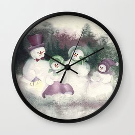 "Snow Family goes out for ""flake"" fry dinner Wall Clock"