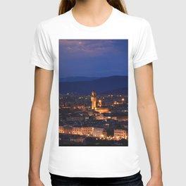 Panorama of Duomo Santa Maria Del Fiore, tower of Palazzo Vecchio. T-shirt